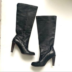 COLE HAAN BLACK LEATHER PULL ON HEELED BOOTS